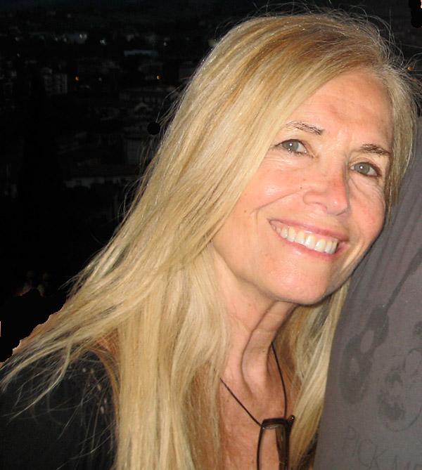 Mimi Kirk, the 2009 sexiest vegetarian female over 50